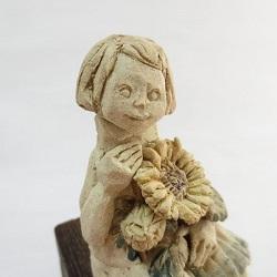 にしだみき(陶人形作家)