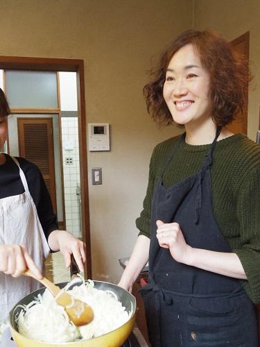 「今、料理に苦手意識がある方は料理を好きに、そして料理が好きな方も、もっと好きになってくだされば嬉しいです」とテコさん