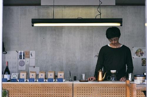 第一回のゲストは『コーヒーカウンテイ』の森 崇顕さん